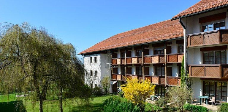 Michel & Friends Hotel Waldkirchen Außenansicht