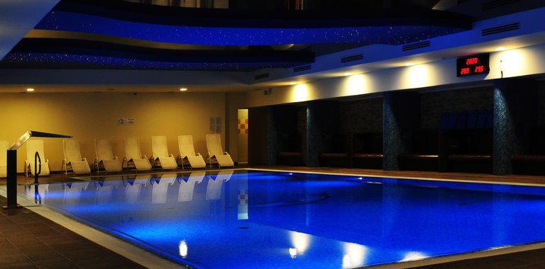 Hotel Delfin Spa & Wellness Hallenbad
