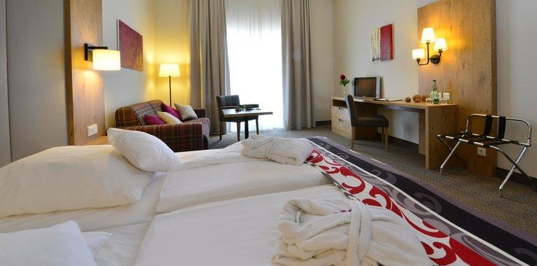Santé Royale Hotel- & Gesundheitsresort Warmbad Zimmerbeispiel