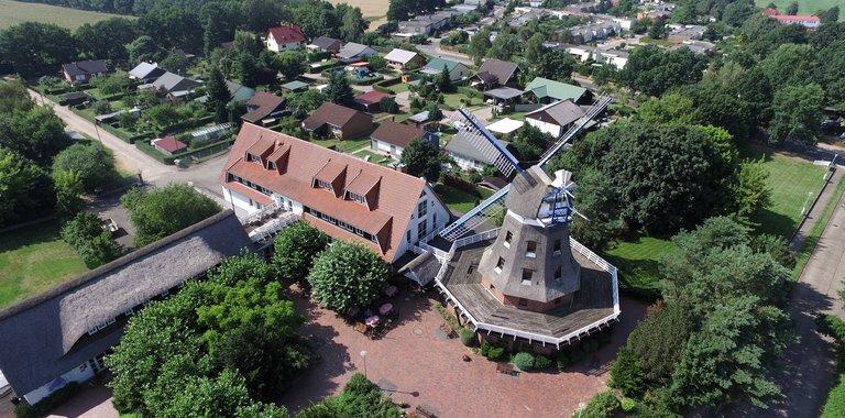 Ferien Hotel Lewitz Mühle Außenansicht
