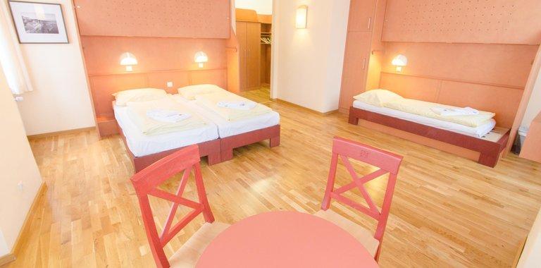 Zimmerbeispiel JUFA Hotel Meersburg