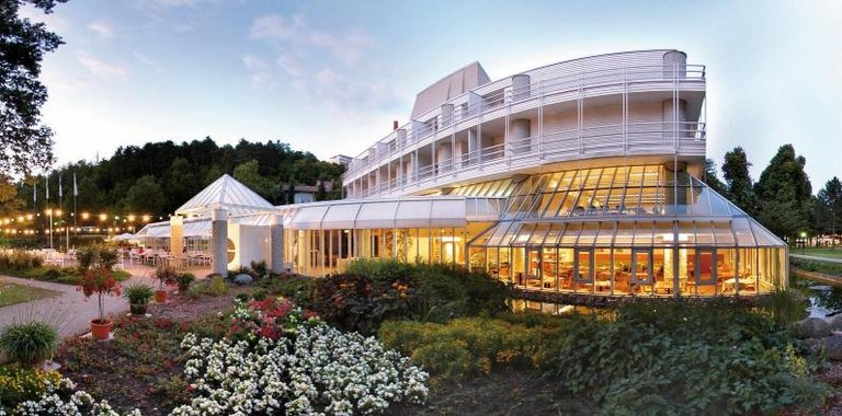 BW Premier Parkhotel Aussenansicht 2