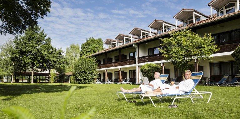 Johannesbad Vitalhotel Jagdhof Liegewiese