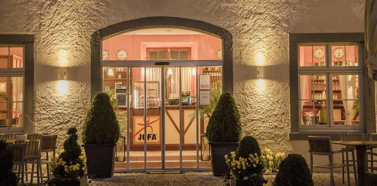 Eingangsbereich JUFA Hotel Meersburg