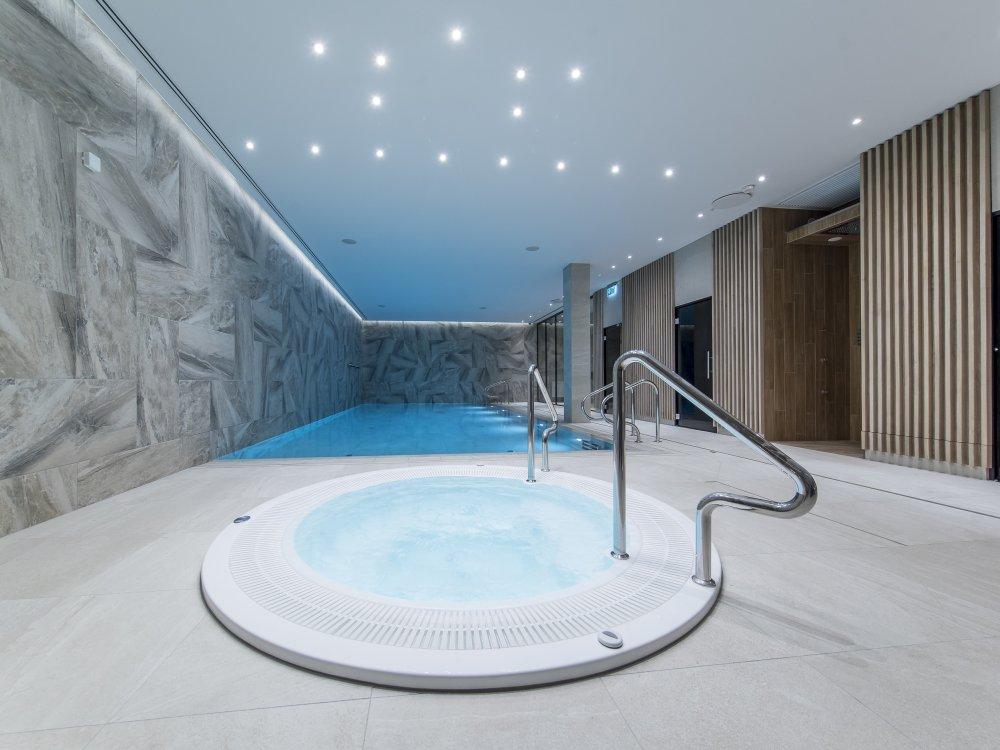 Hotel Baltivia Sea Resort - Innenpool