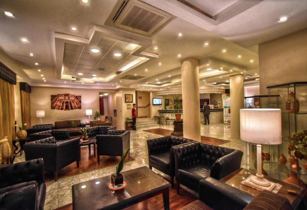 Hotel La Maison - Lobby