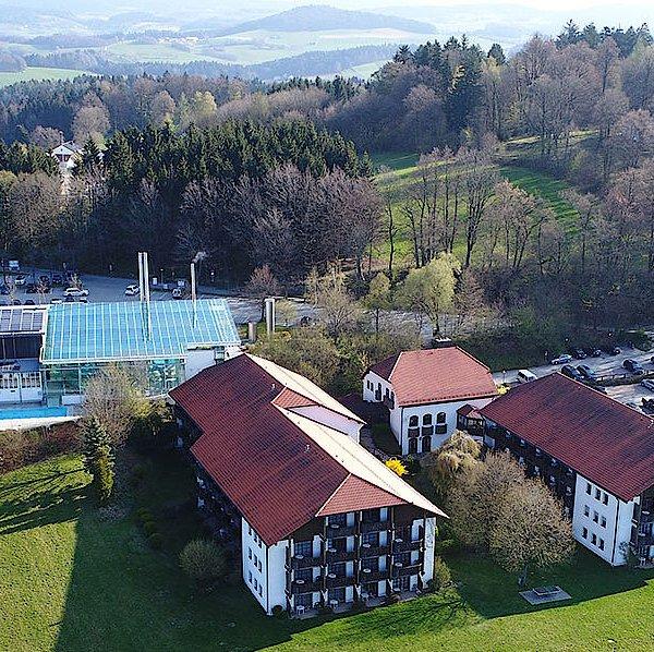 Michel & Friends Hotel Waldkirchen Luftaufnahme