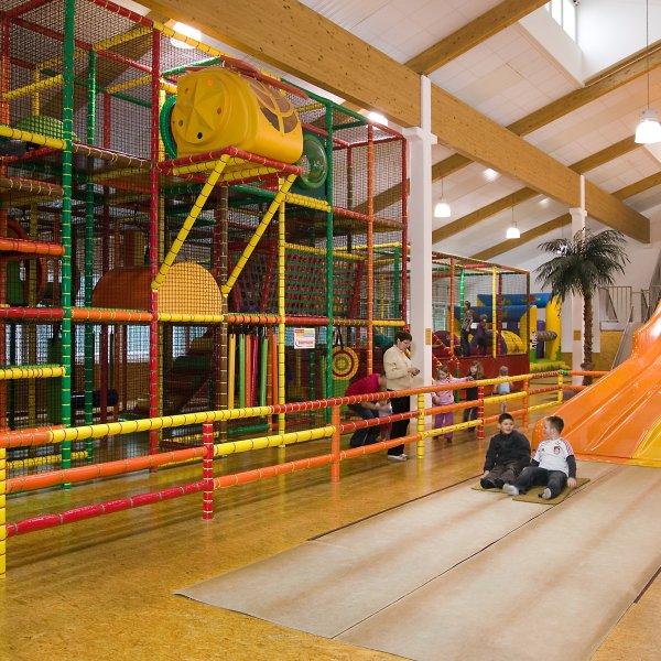 Ferienhotel Predigtstuhl Resort Spielezimmer