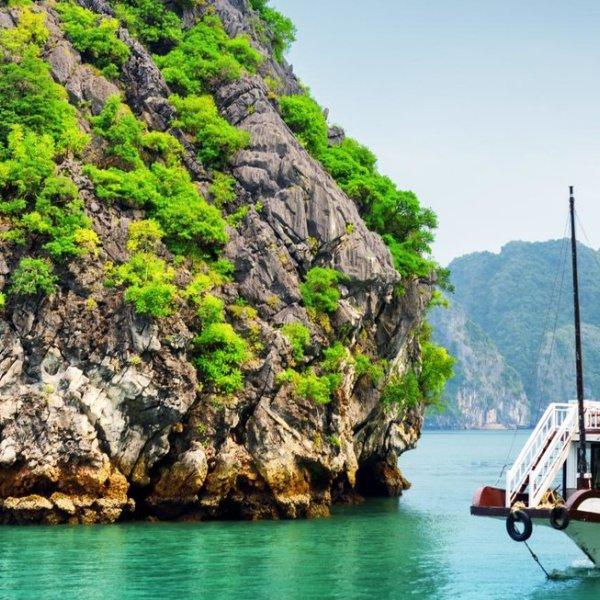 Mit einer Dschunke die Halong Bucht entdecken