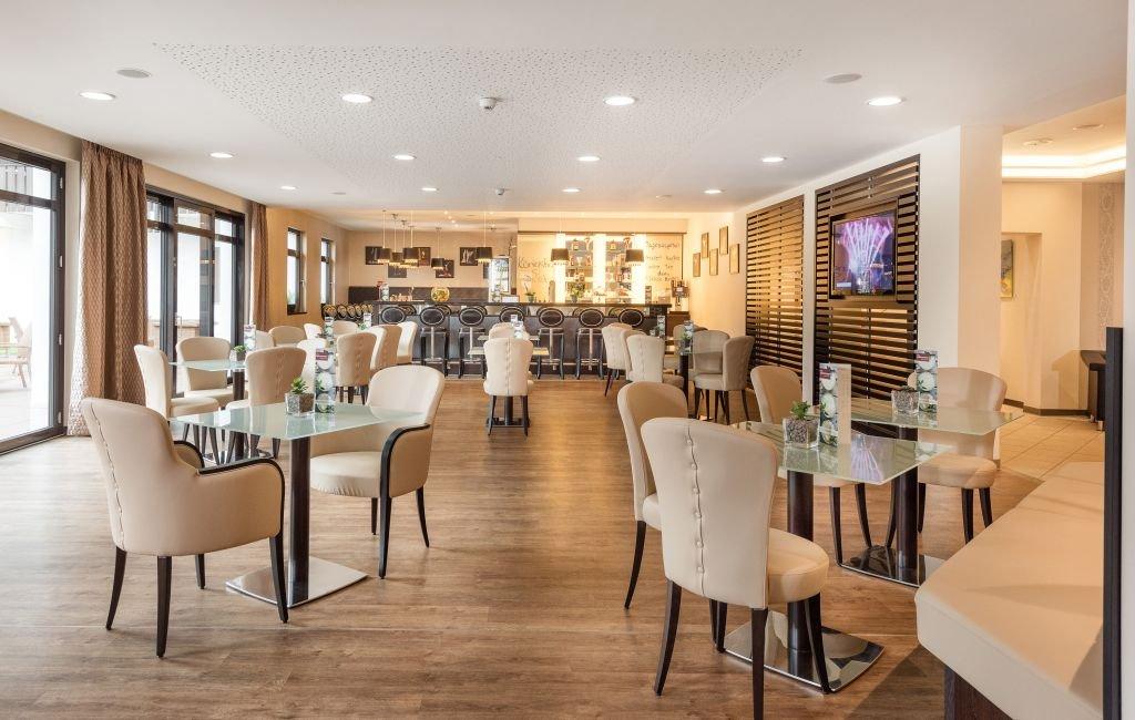 Hotel Königshof Bar