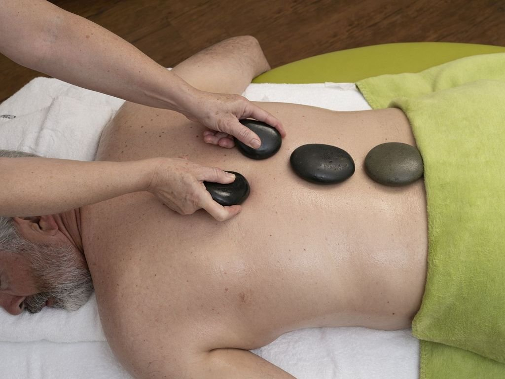Hotel Königshof Hot Stone Massage